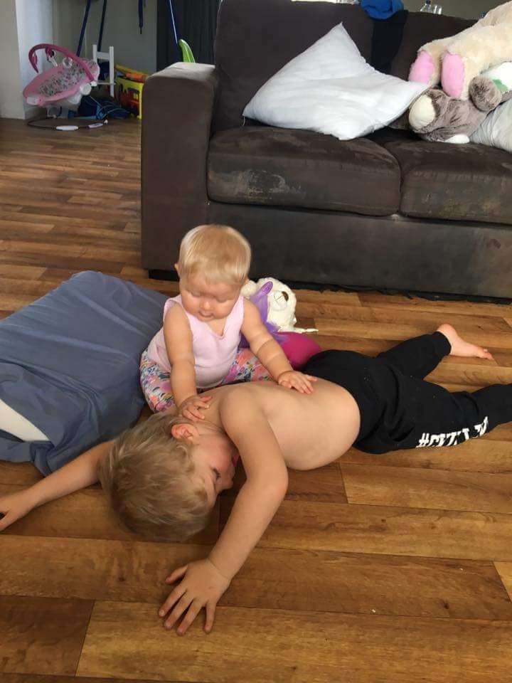 Eb massaging Jack